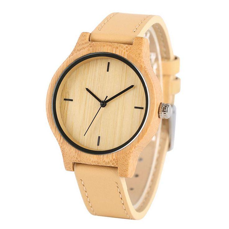 Montre bois femme pas cher, composée d'un cadran entièrement en bois 100% naturel montée sur un bracelet en cuir de couleur sable. Livraison Offerte.