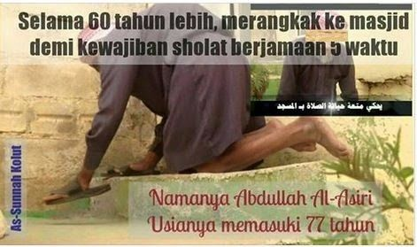 go to the mosque with handswalk for 60 years