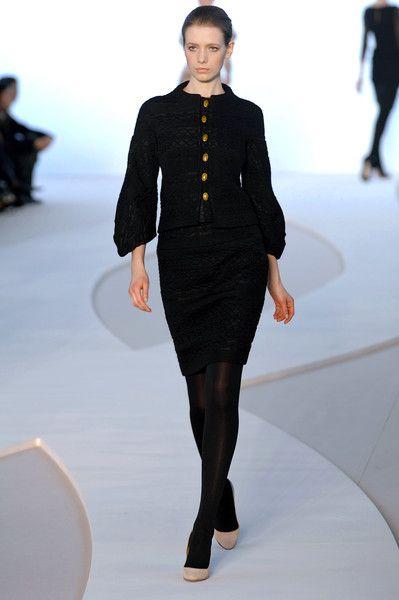 Valentino at Paris Fashion Week Fall 2008 - Runway Photos