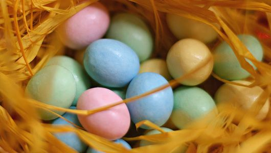 Make your own organic Easter candy! Candy nests!
