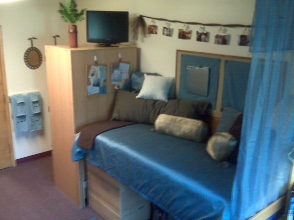 Dorm Sweet Dorm, This Is My Freshman Daughters Dorm Room. Part 40