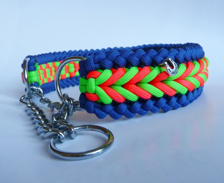 DIY paracord collar - Bennos Happiness in blue, neon green and neon pink