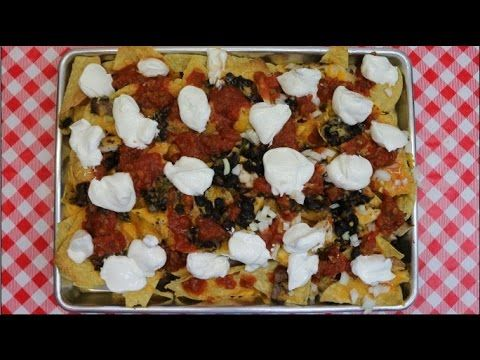 Oven Baked Nachos~Leftover Makeover~Quick & Easy Lunch Idea~Nachos Recipe~Noreen's Kitchen - YouTube