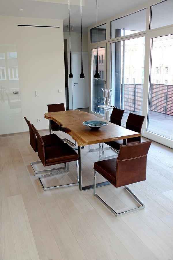 Esstisch Naturholzplatte Baumkante Holztisch Baumtisch Eichentisch Massivholztisch unverleimt aus einem Stück | Holzwerk-Hamburg