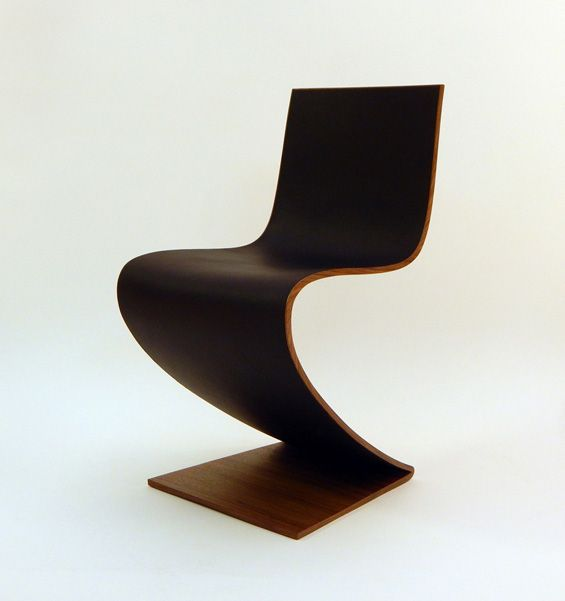1000 images about gerrit thomas rietveld chaise zig for Chaise zig zag