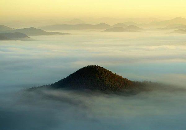 The Fog – Landscape Photography by Kilian Schönberger
