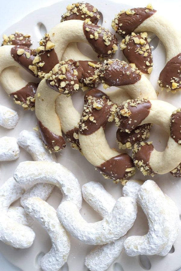 Greek Butter Cookies Recipe - RecipeGirl.com
