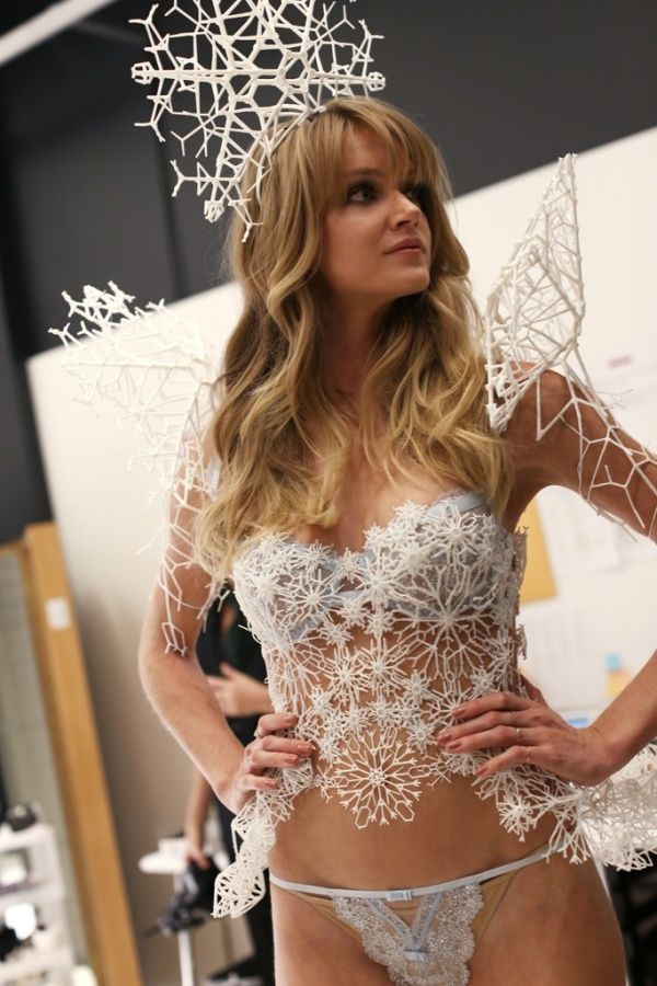 3ders.org - Victoria's Secret adds 3D printing and Swarovski to runway show | 3D Printer News & 3D Printing News