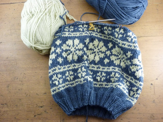 186 best Fair Isle Hats images on Pinterest | Fair isle knitting ...