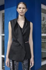 14'SS campaign #fashion #fibula #fibulafashion #fibuladesign #womanswear #womansfashion #fischervilla #moholynagylaszlo #asymmetric #layers #soiessentielle #springsummer