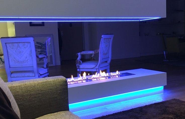 Cheminée Design avec Bruleur Ethanol Long Télécommandé AFIRE http://www.a-fireplace.com/fr/cheminee-design/