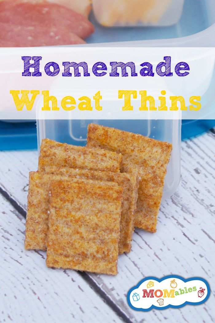 Crunchy, sweet and salty baked-in deliciousness right here! These Homemade Wheat Thins taste better than the boxed kind and are fresh! #snacks via MOMables.com