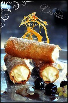 Un dessert fabuleux en bouche que je vais certainement réalisé pour l'une des deux fêtes de fin d'année !Il met en valeur les produits italiens.Pour que les gaufrettes gardent tout leur craquant, garnissez-les de préférence au tout dernier moment avant...
