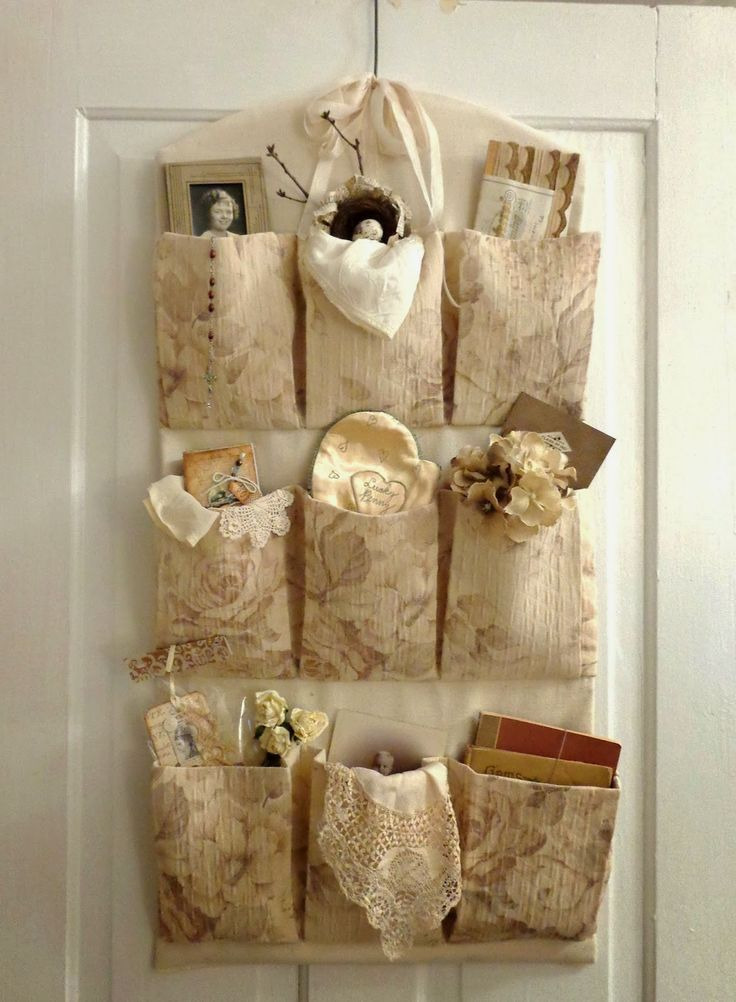~ The Feathered Nest ~: Display your treasures!