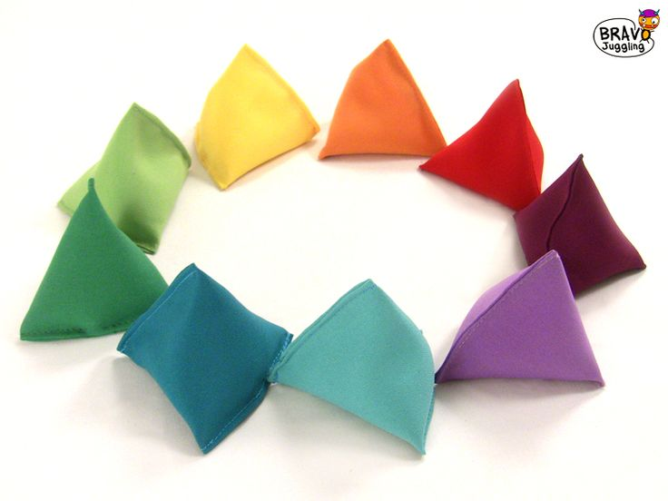 BravoBags - juggling tetrahedron beanbags - from Bravo Juggling order: bravojuggling@gmail.com