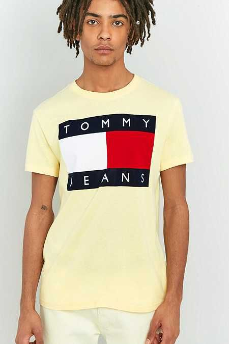 Tommy Jeans '90s Flocked Logo Yellow Meringue T-shirt