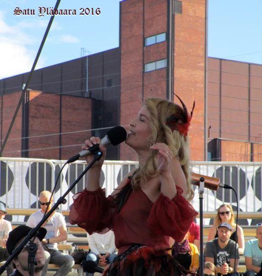 Irina Björklund Flow festivaalilla