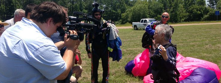 Skydiving senior: this brave lady celebrated her 85th birthday by jumping out of a plane! [VIDEO] #retirement