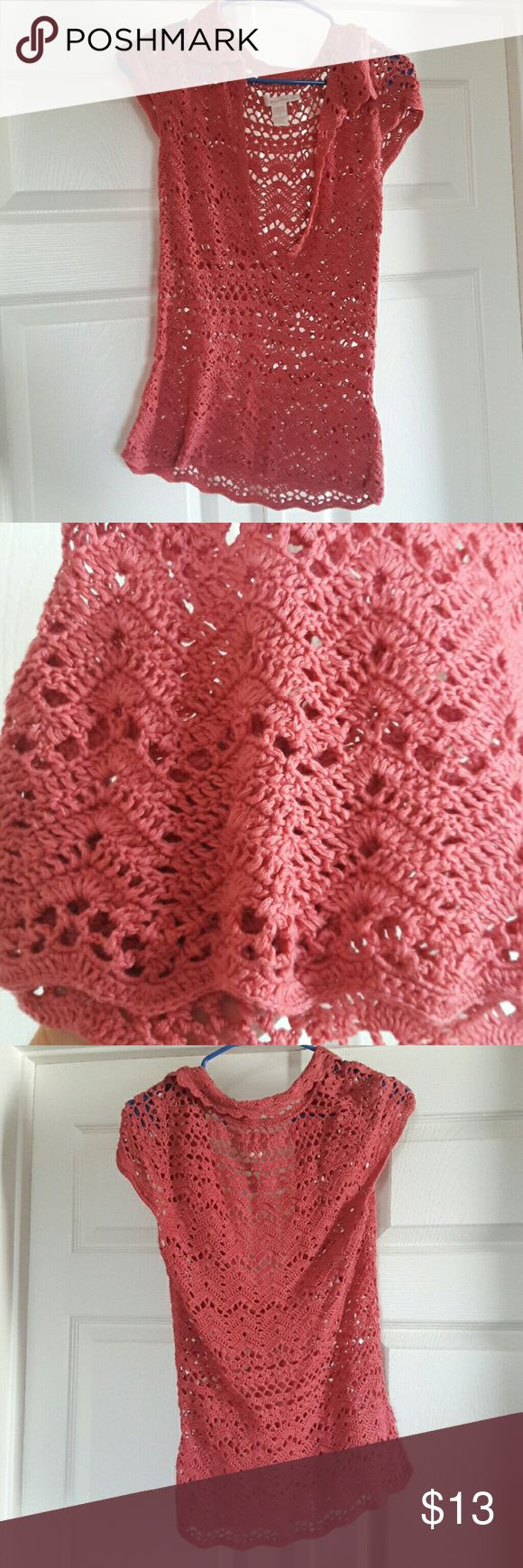 ADORABLE crochet short sleeve top valentines day! Perfect V- Day top!  Crochet, pink, soft, NO snags Tops Blouses