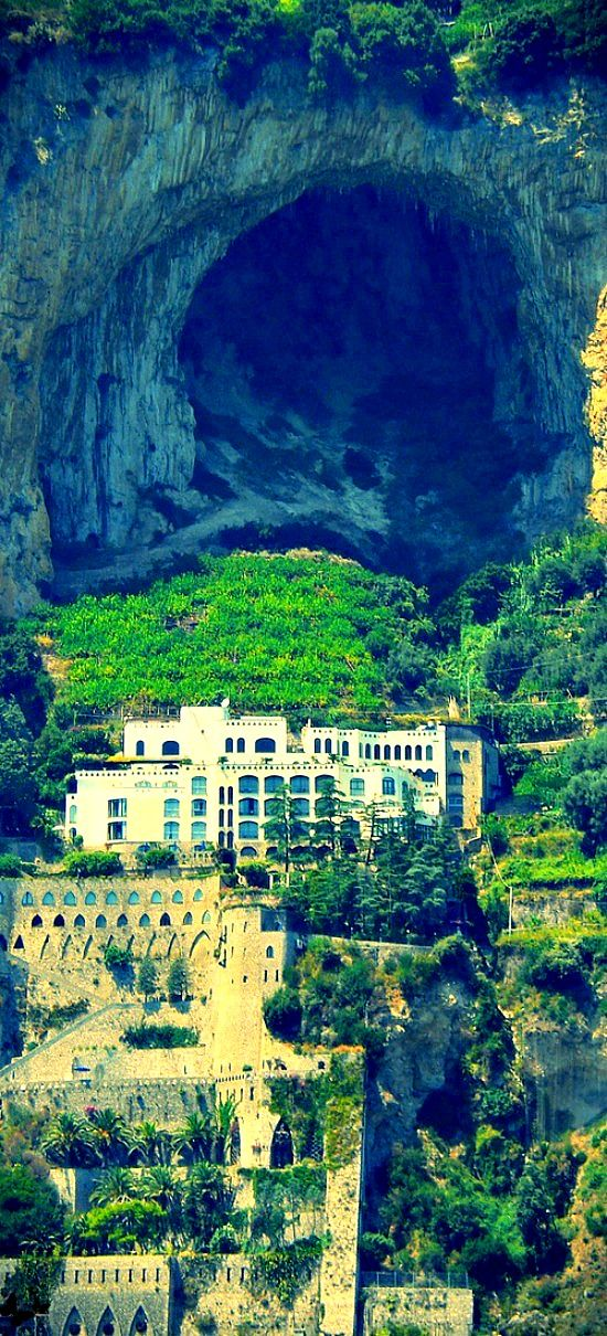 Travelling - View of the Caves - Amalfi Coast, Italy