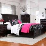 Broyhill Furniture - Farnsworth Eastern King Sleigh Bed in Inky Black Stain - 4856-EK  SPECIAL PRICE: $829.00