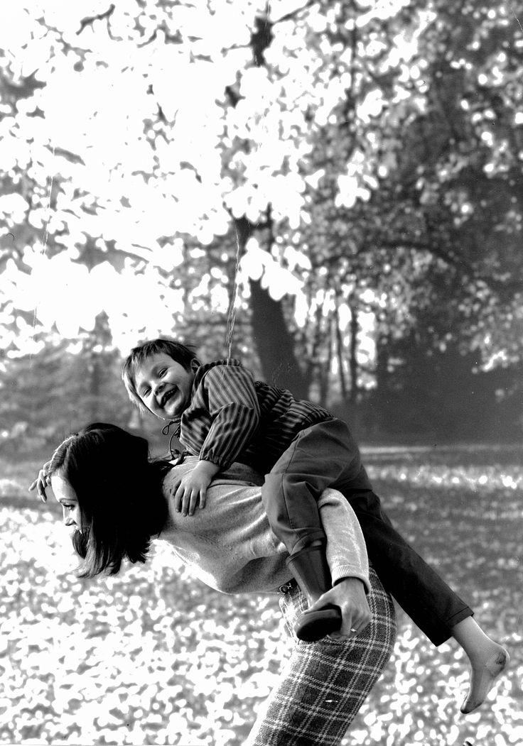 Mother and child in Reima ad. #Reima70 #1960s