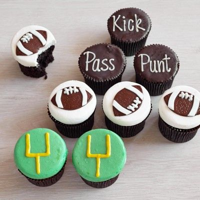 SuperBowl Party! Football Cupcakes #williamssonoma