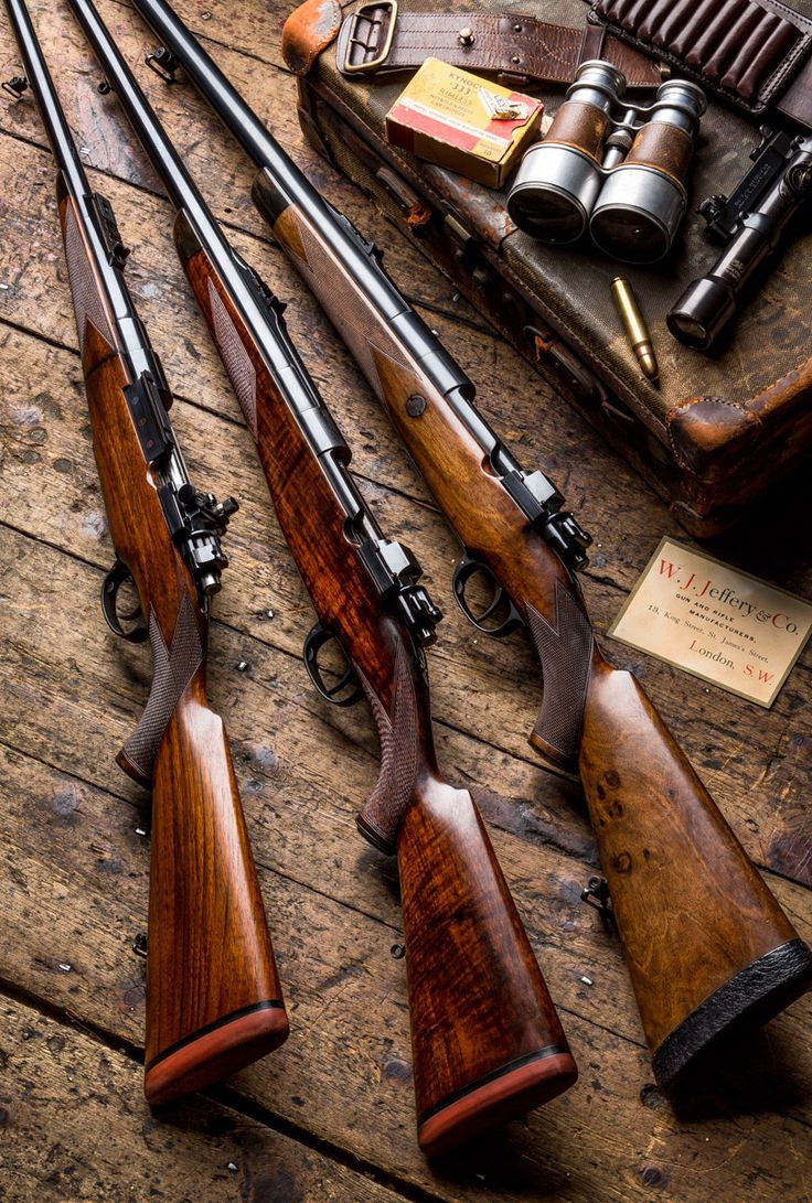 Classic W J Jeffery safari rifles-From left, the .333, .404 & .500 Jeffery sporting rifles. This complete set above are all built on Magnum Mauser actions and are the No. 1 Model I am quite sure that many a sporting rifle collector can put 2 of the 3 classic W. J. Jeffery safari rifles on a table but not many out there can make up the whole set to include the mighty .500J! Jeffery only made a handful of these rifles pre war.