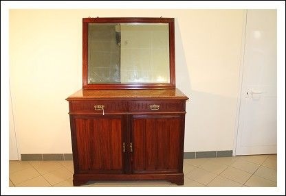 Como Cassettone ! Cassettiera credenza Servante Specchio Restaurato Liberty, Antico Antiquariato. P Antiquariato su Arsantik