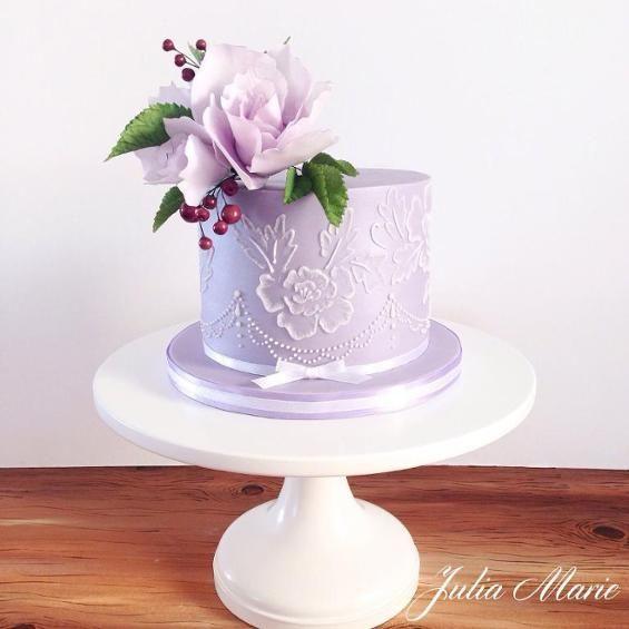Original torta para celebración de Baby shower. #babyshower #tarta #pastel #fondant