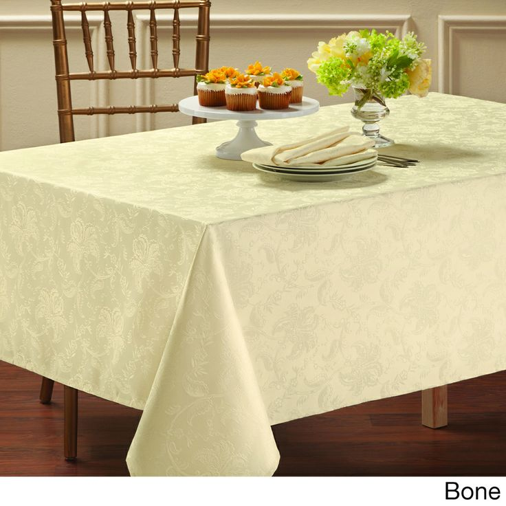 Coffee Table Stonegable: 1000+ Ideas About Damask Tablecloth On Pinterest