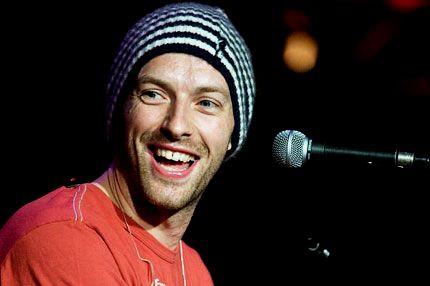 Chris Martin - the beanie ;)