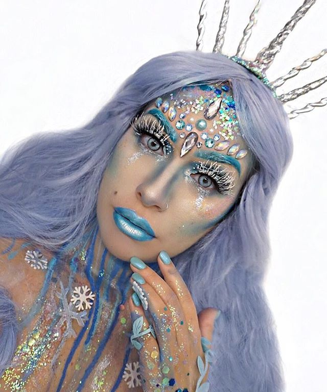 She's Fire and Ice, you'll feel the Cold and crave the Burn ❄️ Today's Ice Queen look in collaboration with @thegypsyshrine who kindly had me Take Over their Instagram Story today! Thank you for having me guys ❄️Check out their profile to see how I created this look! P.S- I ordered a crown which didn't arrive in time so a glue gun, headband and a few Christmas Ornaments later this headpiece was created lol! PRODUCT DETAILS- @thegypsyshrine Pick and Mix Face Gems and a Selection of G...