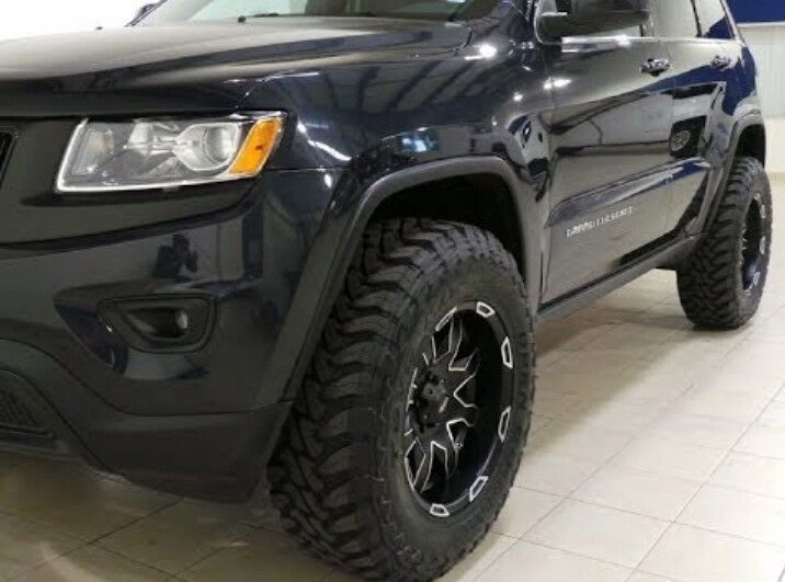 JEEP Grand Cherokee Wider Tires