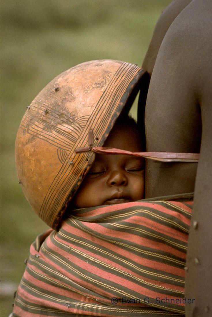 Africa   Sleeping baby. Northern Nigeria   ©Evan G. Schneider