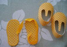 Yeni Yürüyen Bebekler İçin Kumaştan Ayakkabı Yapımı http://www.canimanne.com/yeni-yuruyen-bebekler-icin-kumastan-ayakkabi-yapimi.html  Check more at http://www.canimanne.com/yeni-yuruyen-bebekler-icin-kumastan-ayakkabi-yapimi.html