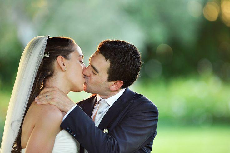 """Il nostro grazie è troppo poco, siete adorabili!! Luciana e Alfredo con i loro """"occhi"""" hanno catturato tutta l'emozione e la gioia di un giorno speciale. E lo hanno fatto come se gli occhi fossero i nostri. Lo sentivamo già dalla prima volta che li abbiamo visti e non ci sbagliavamo! Semplicemente fantastici!  Lisa + Piero"""
