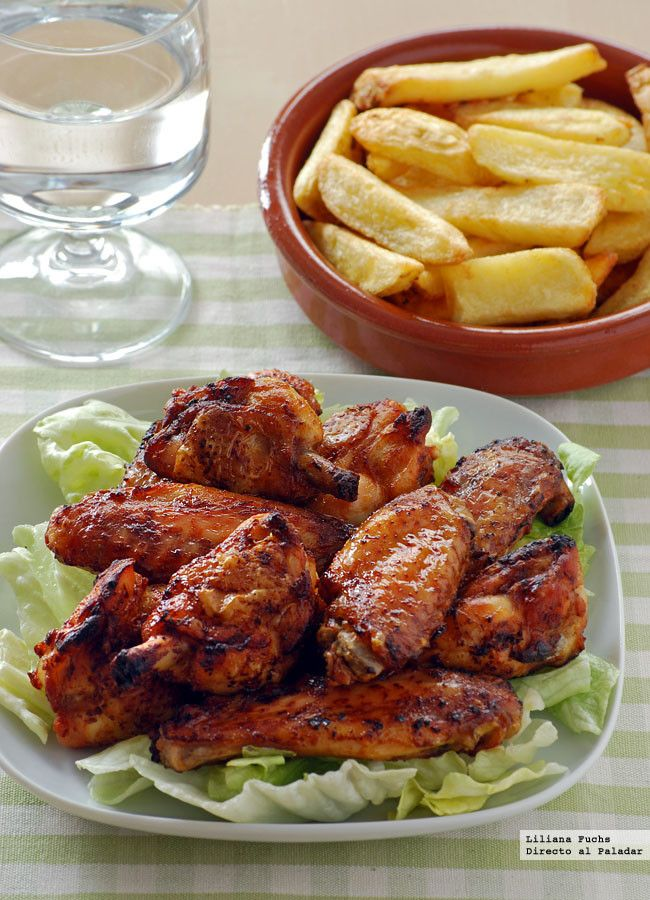 Las alitas siempre son un buen recurso es mi casa para dar forma a un menú de comida informal o para una cena socorrida. Son económicas, muy fác...