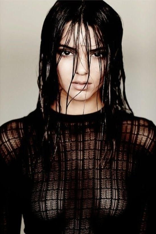 GOSSIP OVER THE WORLD: Kendall Jenner shows her breasts in new photoshoot...
