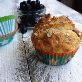 Smulpaapje kookt! - Bosbessenyoghurt muffins