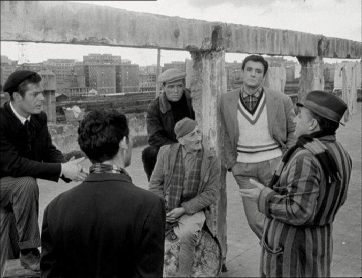 """Una scenda del film """"I soliti ignoti"""" di Mario Monicelli"""
