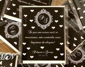 Lágrimas de Alegria em saquinhos plástico com lenço de papel e cartão personalizado.  Trabalhamos com todas as cores.  Caso já possua arte, favor enviar após a compra.  contato.mimodasnoivas@gmail.com