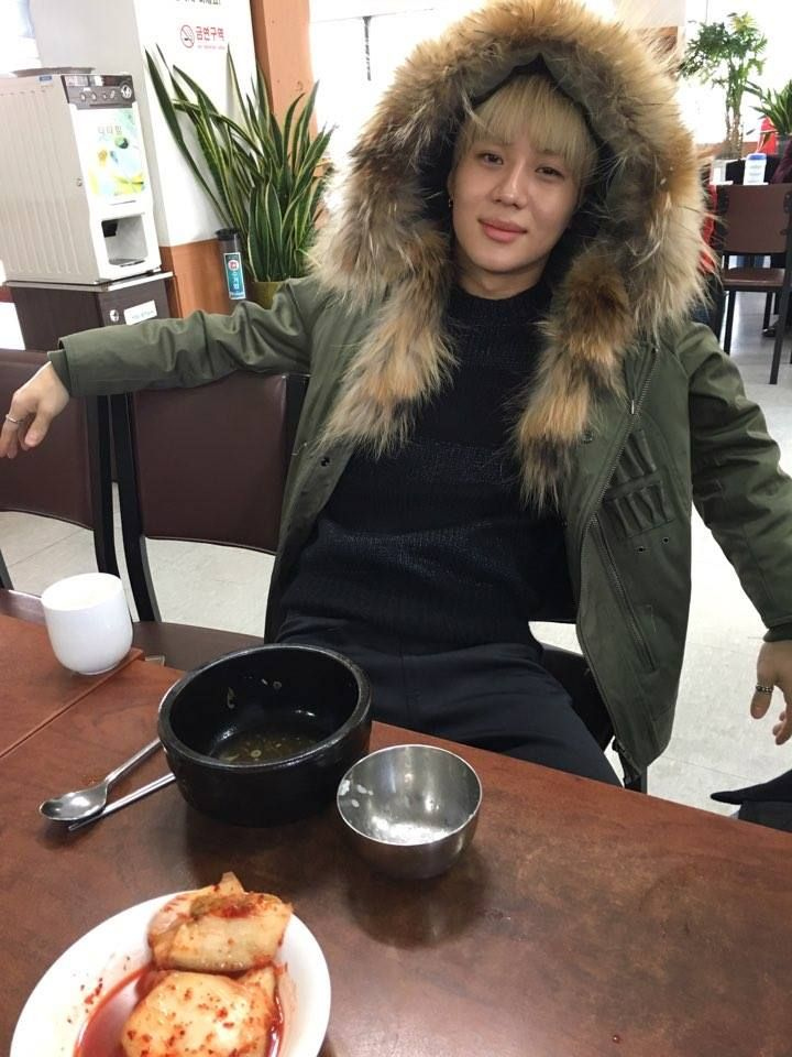 fy-taem:  160307 — tvN Wednesday Food Talk official facebook update: 24, an age you need a bowl of hangover soup. We will be with SHINee Taemin.   <Wed Food Talk> Hangover soup episode (trans: thatcoolcatmeow)