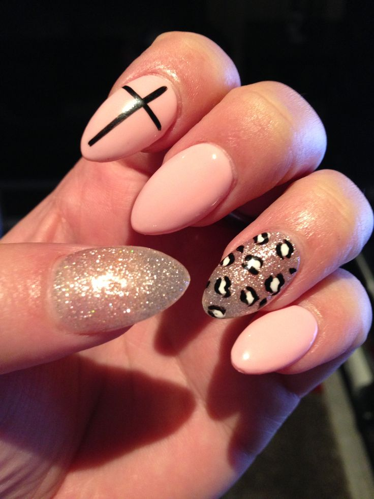 My fancy pants almond shaped nails | Nail Arts | Pinterest ...