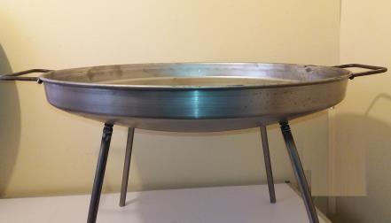 Disco para Asados en fierro 60 cm diametro con Patas Desmontables   www.losparrilleros.cl