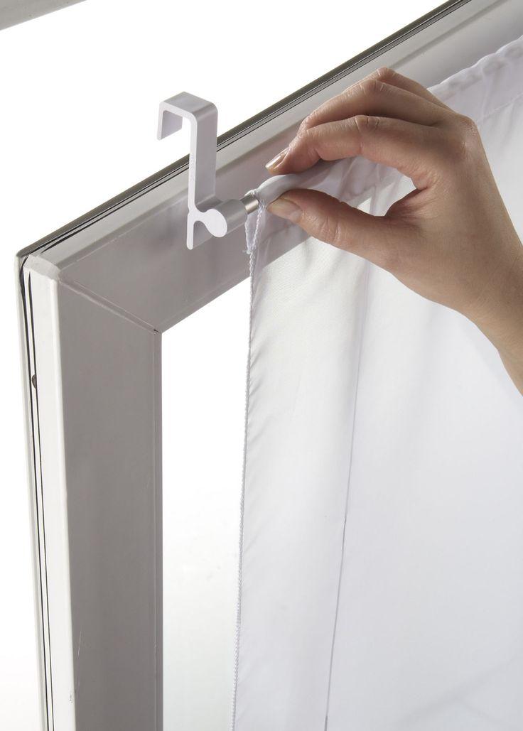 Voir:Elle est adaptée à tous les types de fenêtres PVC. Il suffit d'accrocher la tringle au cadre de fenêtre. Extension jusqu'à 130 cm. Dimensions = env. longueur.