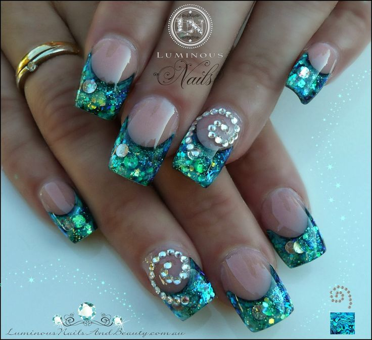 Luminous Nails Amp Beauty Gold Coast Qld Paua Shell Nails With Koru Spiral Sculptured Acrylic