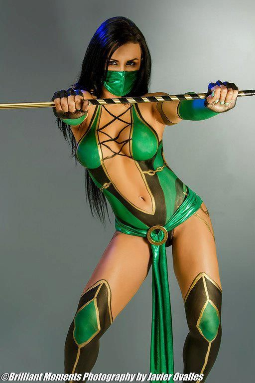 Mortal Kombat: I think they might be right body paint might be the only way to really nail the Mortal Combat look.