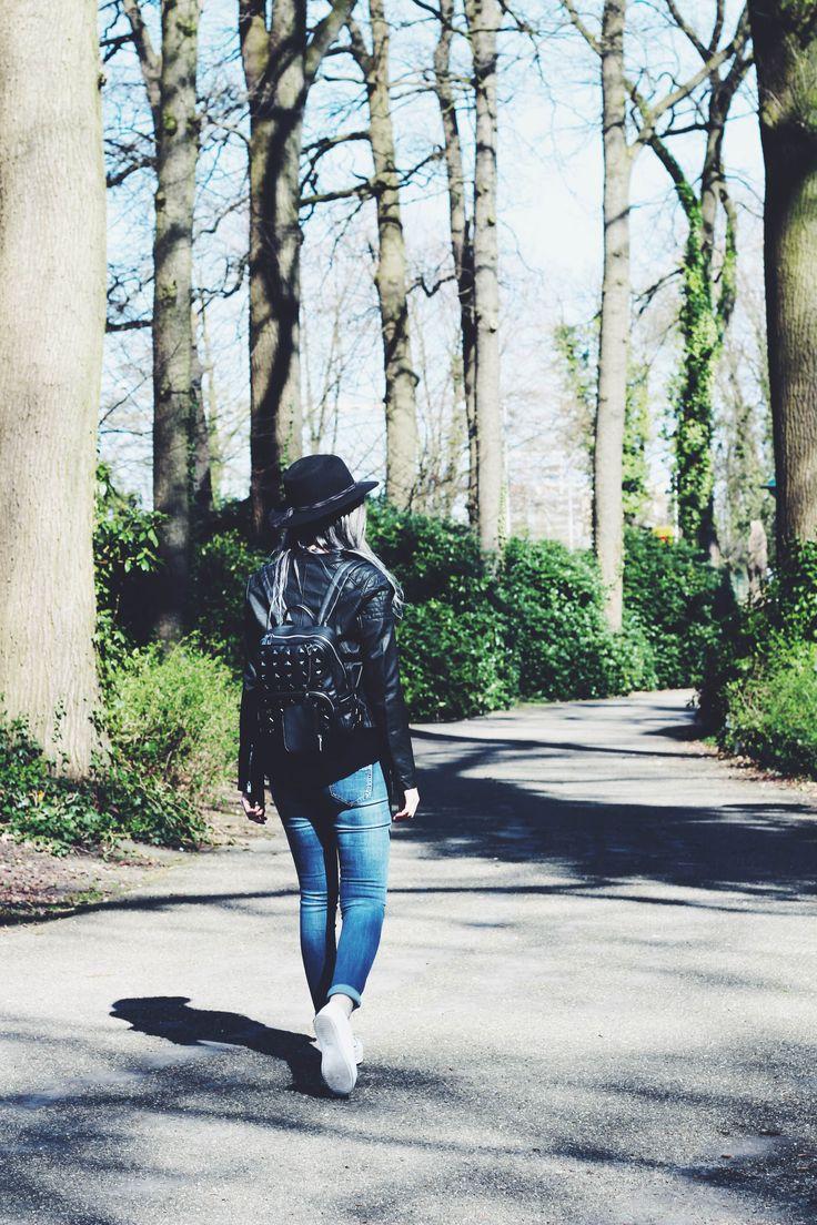 Enjoy your walk in the park! #gutsgusto #summerfeeling #park #summer #fashion #girlsbehindguts