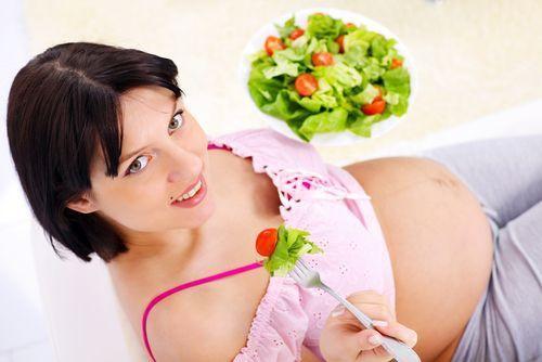 Energetický príjem potravín vtehotenstve je veľmi dôležitý, ale zapamätajte si, že kalórie nemusíte počítať do bodky. Výpočty by vám zabrali zrejme...